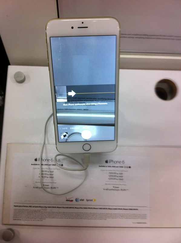 iPhone 6 sendo vendido na Best Buy